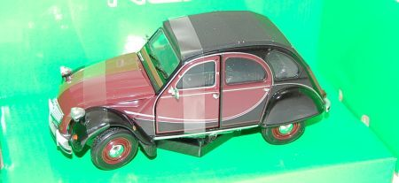 Welly Citroen 2CV 6 Charleston 1:24
