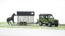 Bruder 2592 Land Rover+přepravník na koně