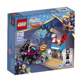 LEGO® DC Super Hero Girls™ 41233 Lashina™ a vozidlo do akce